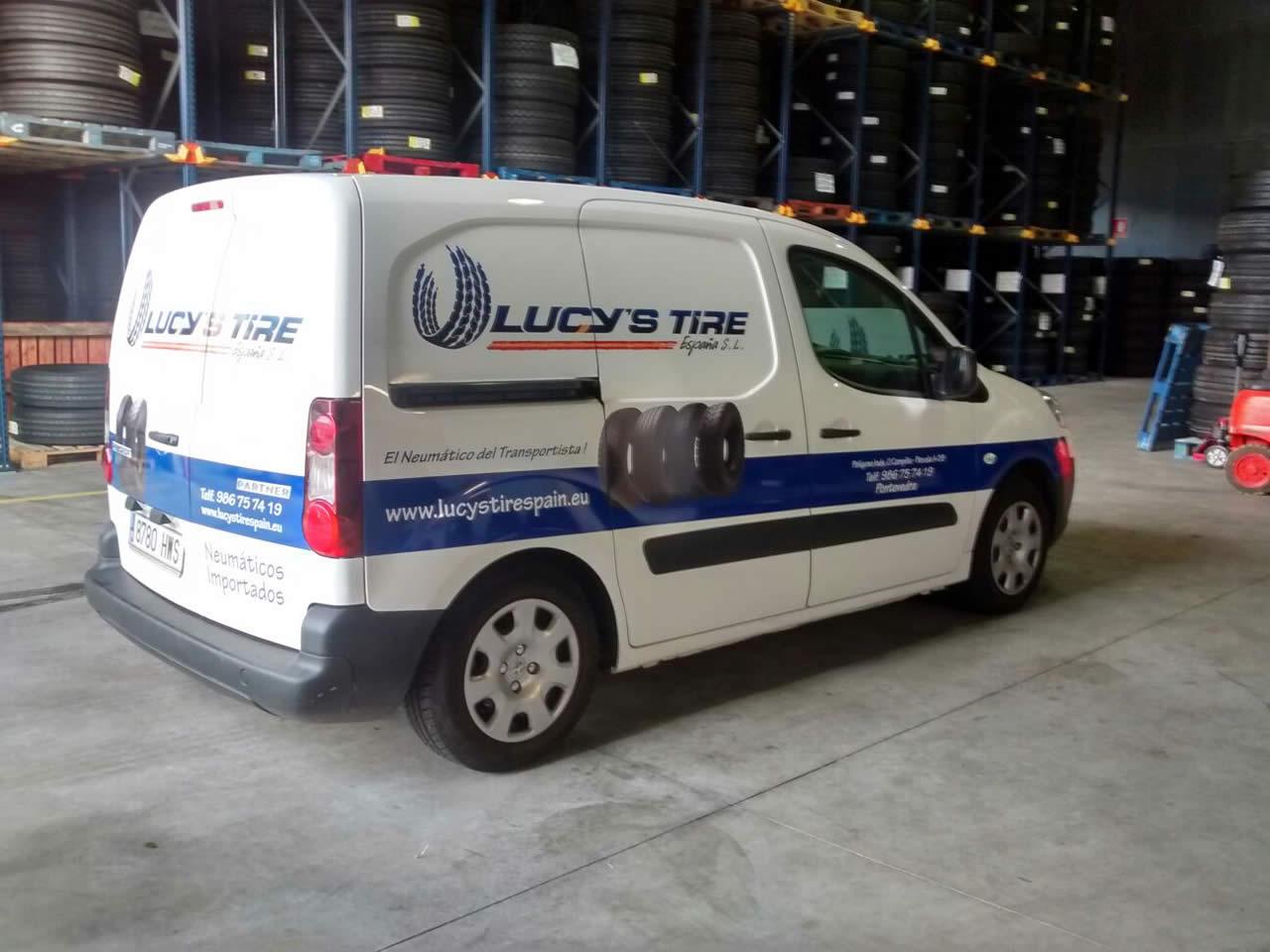 rotulos-pontevedra-rotulacion-furgoneta-lucys-tire