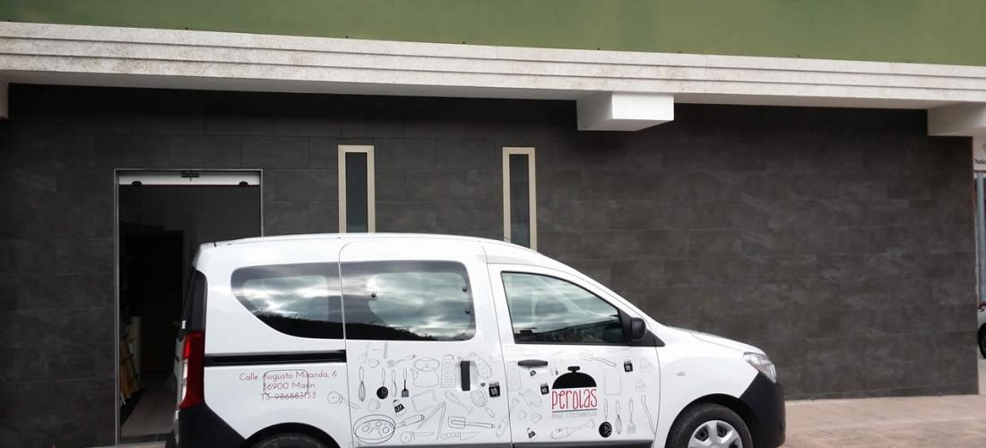Rotulación de vehículo con vinilo de corte
